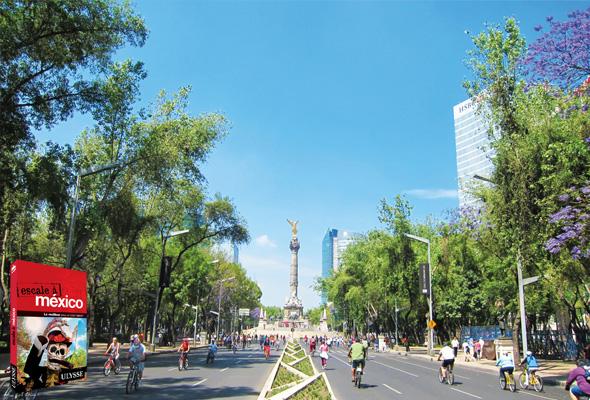 Paseo de la Reforma ©pixabay.com/ban75